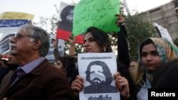پاکستان څخه وپوښتل شول چې په دغو محکمو کې مقدمې ولې پټې چلیږي، څارونکو ته یې د څارنې اجازه ولې نه ورکړل کیږي