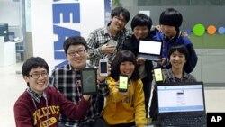 '플라즈마 디벨롭먼트'라는 이름으로 지난해 11월 회사를 설립한 7명의 중학생들