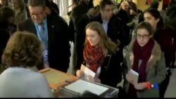 2015-12-20 美國之音視頻新聞: 西班牙選民星期日投票選舉國會