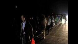 中國翻船事故家屬僱車前往出事現場