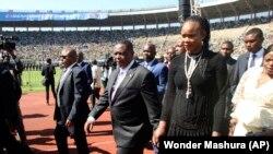 Marry Chiwenga, ao lado do vice-presidente do Zimbabwe, Constantino Chiwenga, 26 de Agosto de 2016