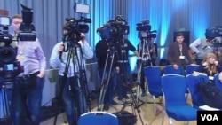 川普在俄羅斯傳媒受歡迎。2013年普京新聞會上的記者 (美國之音白樺拍攝)