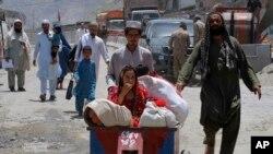 پاکستان درې اونۍ مخکې د تورخم او سپینبولدک - چمن دروازې په یو اړخیزه توګه وتړلې