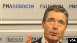 Sekjen NATO Anders Fogh Rasmussen melakukan kunjungan ke Moskow.