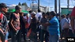 Un acuerdo para el otorgamiento de asilo a salvadoreños y hondureños en Guatemala -deportados de EE.UU.- está en fase de avance. Foto: Eugenia Sagastume/VOA.