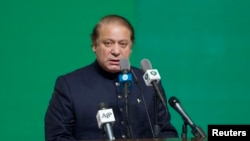 Pakistani Prime Minister Nawaz Sharif speaks at an Independence Day ceremony on Aug. 14, 2013.