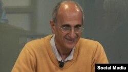 کاووس سیدامامی استاد دانشگاه و فعال محیط زیست که در ایران در زندان به طرز مشکوکی درگذشت.