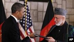 美国总统奥巴马在阿富汗时间5月2号会见阿富汗总统卡尔扎伊