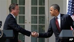 美國總統奧巴馬 (右) 和英國首相卡梅倫(左)