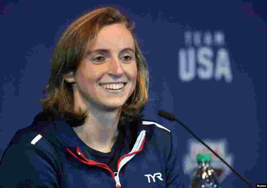 Кэти Ледеки, плавание (США) Главной звездой сборной США по плаванию будет Кэти Ледеки. Уроженка Вашингтона с чешскими корнями уже является обладательницей 5золотых медалей Олимпийских игр. Первую из них она сенсационно завоевала на «длинной» дистанции - 800 метров вольным стилем - в Лондоне-2012, когда ей было всего 15 лет. Не исключено, что Ледеки также может повторить или даже превзойти рекорд Ларисы Латыниной.
