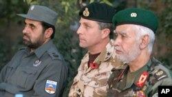 تأکید جنرال برتانوی بر 'مسئولیت پذیریی بیشتر' توسط افغان ها