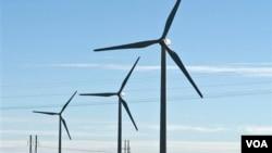 El plan incluye 130 generadores de turbinas de aire, cada una con aspas de 134 metros de alto.
