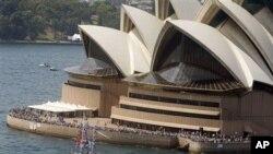 曾庆红之子曾伟买的百年豪宅就坐落在悉尼歌剧院对面(资料照片)