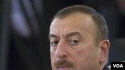 Onlayn diffamasiyanı prezident İlham Əliyev qanuna imzalayıb