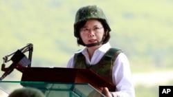 台灣總統蔡英文就任後第一次視察以大陸為假想敵的軍事演習。