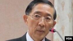 台湾外长林永乐在立法院接受质询(美国之音张永泰拍摄)