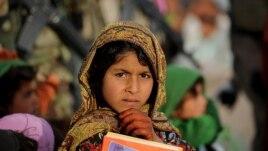 Thiếu nữ Afghanistan nay đã có quyền đi học.