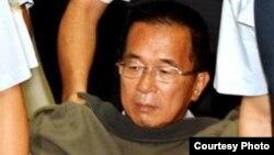 陳水扁在獄中做體檢(資料照片由陳水扁辦公室提供)