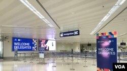马尼拉国际机场周二起取消日间所有商业航班 (美国之音黎堡拍摄)