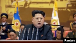 North Korean leader Kim Jong Un speaks during the 5th meeting of training officers of the Korean People's Army in this undated photo released by North Korea's Korean Central News Agency (KCNA) in Pyongyang, April 26, 2015.