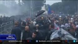 Pas protestës së mbrëmshme në Shqipëri