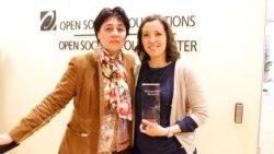 Надежда Атаева-Айгул Бекжан-Инстит - Вашингтон, 2 мая, 2014, вручения премии «Репортеры без границ»