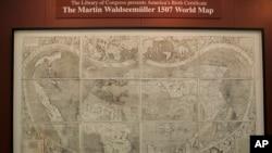 د امریکا لومړۍ نقشه په ١٥٠٧ کال کې جوړه شوي، په ١٩٠١ کې بیا وموندل شوه او په ٢٠٠٨ کې امریکا ته راوړل شوه