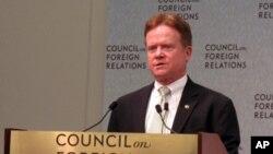 美國會參議員韋伯星期一在外交關系委員會研討會上講話