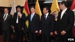 Al asumir la presidencia del CAN, Juan Manuel Santos propuso rediseñar el sistema andino de integración y el plan estratégico de la organización.