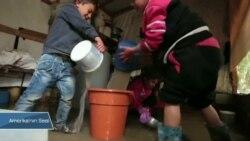 Lübnan'daki Suriyeli Mülteciler Kara Kışla Mücadele Ediyor