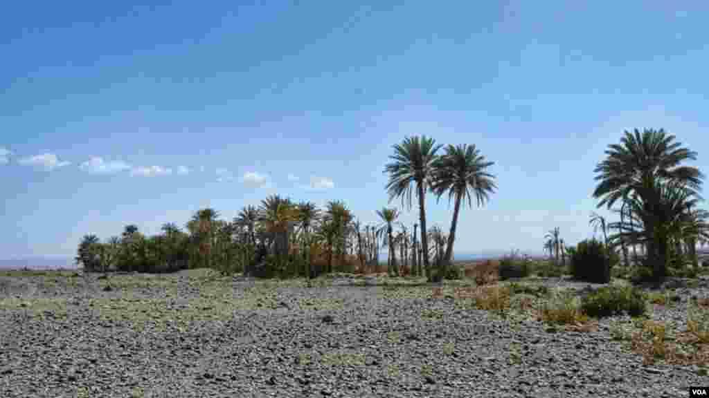آواران صوبے کا سب سے پسماندہ ضلع ہے جہاں آج بھی پانی کے حصول کا صدیوں پرانا نظام 'کاریز' فعال ہے۔