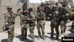 지난해 9월 아프가니스탄 헬만드 주에서 미군 특수부대 대원들이 기지를 떠날 준비를 하고 있다. (자료사진)