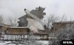 ຊາກເຮືອບິນ ຫຼັງຈາກອຸບັດຕິເຫດ ໃນປະເທດ Kyrgyzstan. 16 ມັງກອນ 2017.