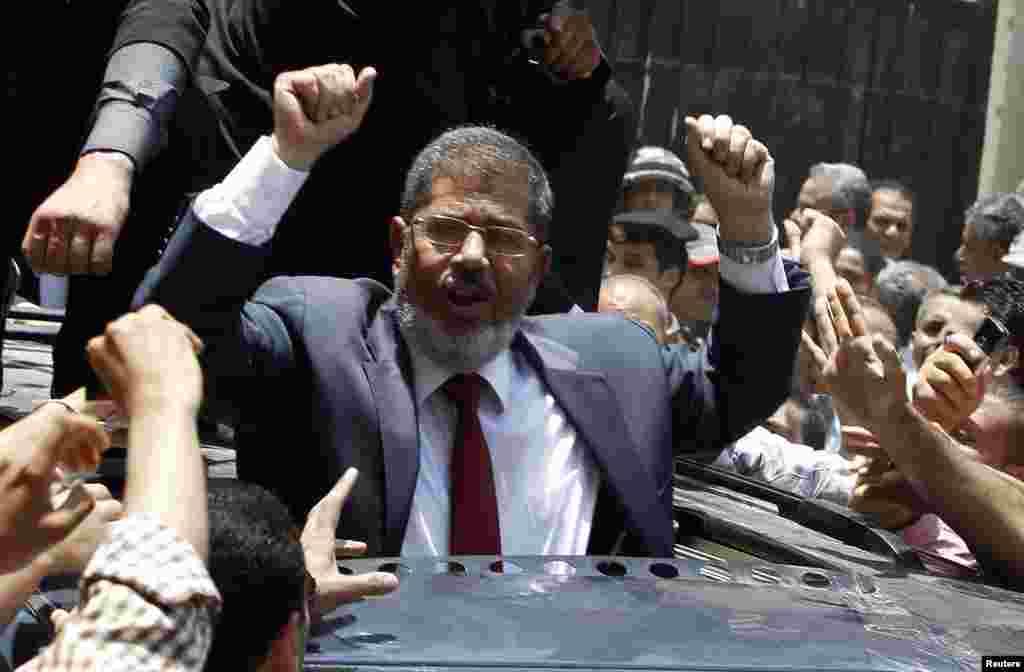 محمد مرسی عضو گروه اخوان المسلمین در جریان مبارزات انتخابات ریاست جمهوری - خرداد ۱۳۹۱