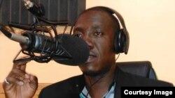 Jounalis Néhémie Joseph, korespondan Radyo Méga ak prezantatè Emisyon Tambour Vérité sou Radyo Panic nan Mibalè mouri asasine lannuit 10 pou rive 11 oktòb 2019 la.
