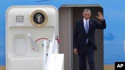 Барак Обама в афинском Международном аэропорту .15 ноября 2016.