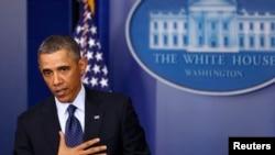 El presidente dijo en una conferencia de prensa en la Casa Blanca que está listo para tomar decisiones difíciles sobre la reducción del déficit.