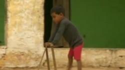 残疾儿童急需社会关注
