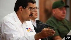 Nicolás Maduro afirma que los jóvenes que protestan responden a intereses de EE.UU.