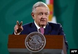 Presiden Meksiko Andres Manuel Lopez Obrador di Palacio Nacional, Mexico City, 8 Februari 2021.