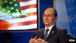 Burmese president Thien Sein hosted a town hall meeting at VOA in Washington, DC, May 19, 2013. (Alison Klein/VOA)