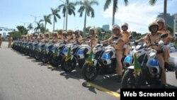 Cảnh sát giao thông ở Việt Nam được trang bị ngày càng tốt hơn trong những năm qua (Ảnh chụp từ VNExpress)