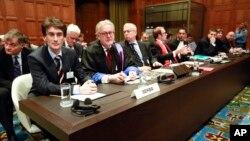 Srpska delegacija na suđenju pred Međunarodnim sudom pravde