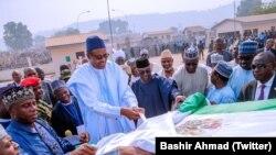 Le président Muhammadu Buhari inaugure le port fluvial de Baro dans l'Etat du Niger, Nigeria, le 19 janvier 2019.