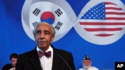 한반도 평화통일을 촉구하는 결의안을 발의한 찰스 랭글 미국 하원의원. (자료사진)