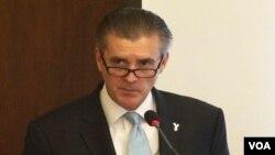 پاکستان میں امریکہ کے سفیر رچرڈ اولسن