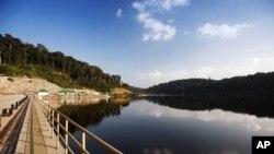 Laos Inaugurates Dam, Hopes for Major Economic Boost