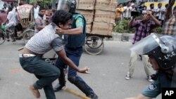 Эти столкновения произошли в Бангладеш