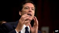 James Comey, pilihan Presiden Obama untuk menjadi direktur FBI menjawab pertanyaan-pertanyaan dari para Senator AS, Selasa (9/7).