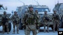 Las tropas estadounidenses en Afganistán, no podrán volver a casa a finales de este año, debido a un nuevo acuerdo entre ambos gobiernos.